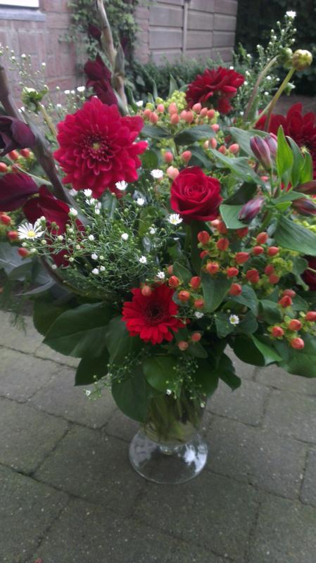Ellen Deelen natuurlijke Bloem - creaties boeket seizoensbloemen ex. vaas vanaf €20.00_449x800