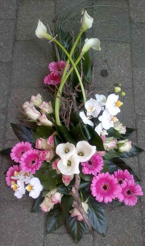 ellen-deelen-natuurlijke-bloem-creaties-graftoef-met-stronk-en-orchidee