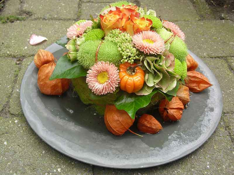ellen-deelen-natuurlijke-bloem-creaties-klein-herfsttaartje1