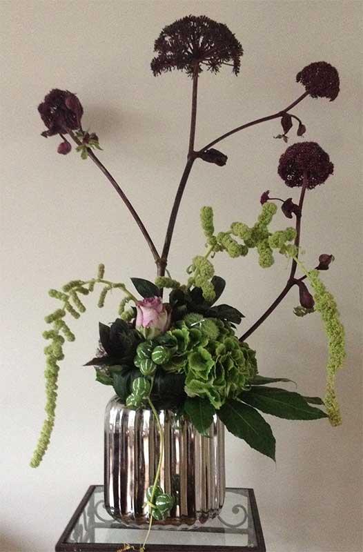ellen-deelen-natuurlijke-bloem-creaties-engelwortel-in-de-hoofdrol-eigen-vaas