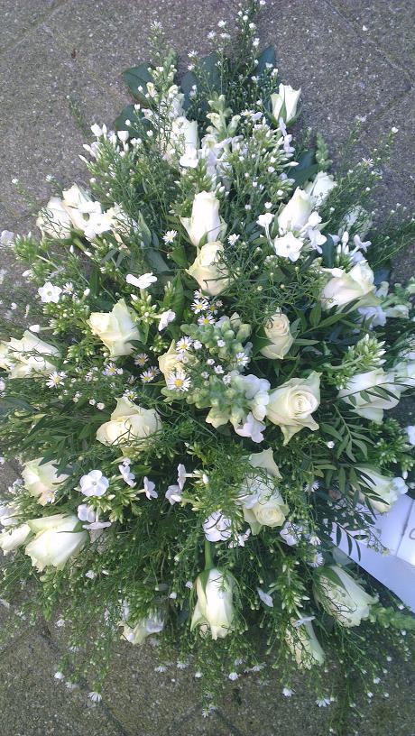 Ellen Deelen natuurlijke bloem-creaties graftoef witte roos