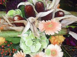 ellen-deelen-natuurlijke-bloem-creaties-detail-moderne-graftoef-in-herfsttinten