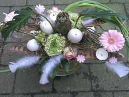 ellen-deelen-natuurlijk-bloem-creaties-laag-paasstuk