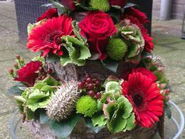 ellen-deelen-natuurlijke-bloem-creaties-aankleding-hoog-bloementaartje